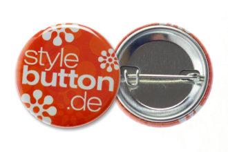 32 mm Button mit Sicherheitsnadel