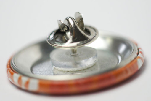 schmetterlingsverschluss an button Buttons 32 mm mit Butterflyverschluss / Schmetterlingsverschluss