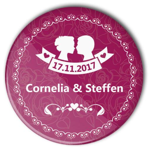 Hochzeits-Buttons Nr. 47 mit Brautpaar Silhouette, Datum und Name