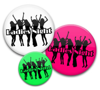 Buttuns Ladies Night Party 2 feiernde Girls JGA Buttons
