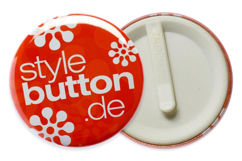 56mm-Button mit Clip / Spange aus Kunststoff