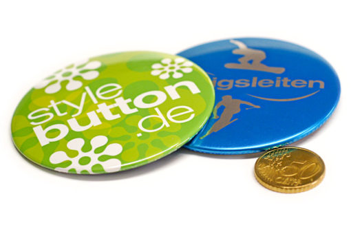 2 76 mm buttons muenze Buttons 76 mm mit Supermagnet