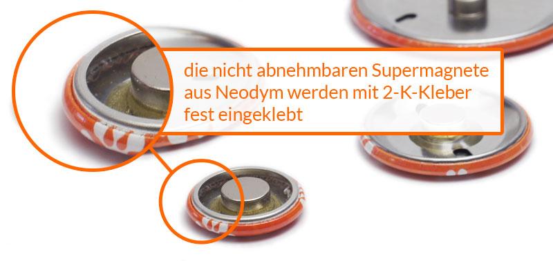 die Neodym-Magnete werden fest mit 2-K-Klebstoff eingeklebt