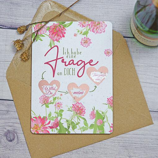 """sommerlich floral gestaltete Rubbelkarte mit 3 kleinen, rosegoldenen Herzen """"Willst Du meine Trauzeugin sein?"""""""