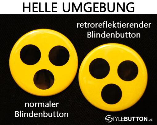 Vergleiche normale Blindenbuttons mit reflektierenden Buttons im hellen