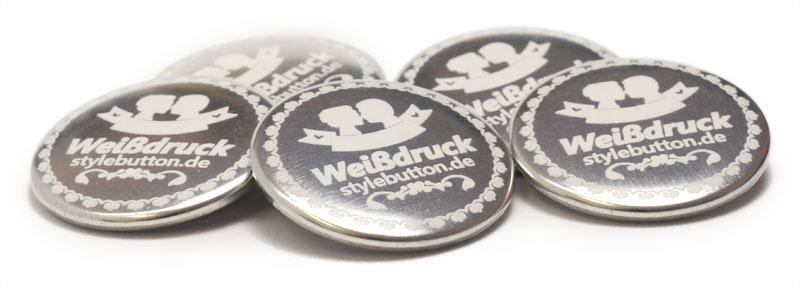 Beispiele für Buttons in Metallic-Weiß 1/0 Druckqualität